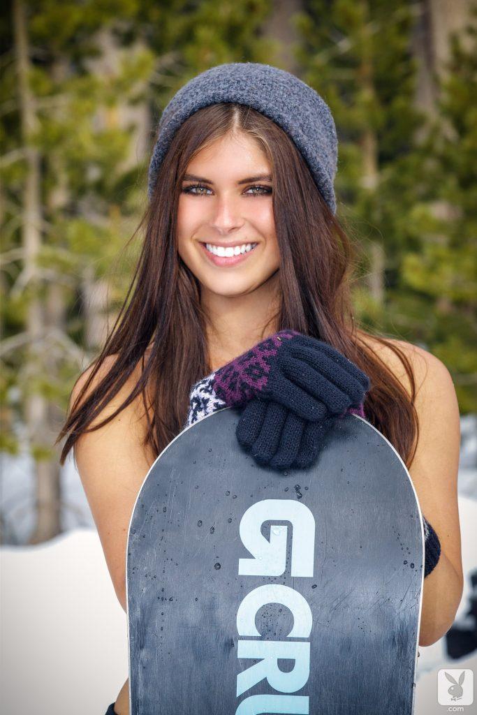 Tierra Lee snowboarder